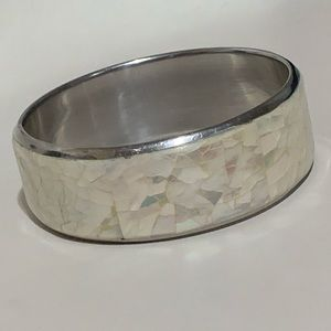 Vintage Jewelry - Vintage Real Irridescent Mother of Pearl Bangle